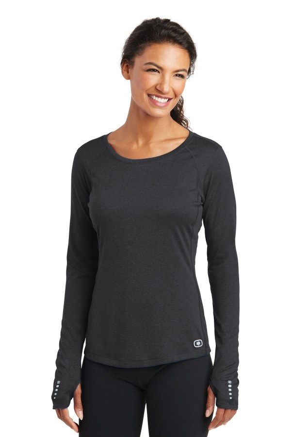 OGIO ENDURANCE Ladies Long Sleeve Pulse Crew. LOE321