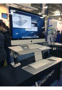 iMac-Halterung für Ergonomie am Arbeitsplatz