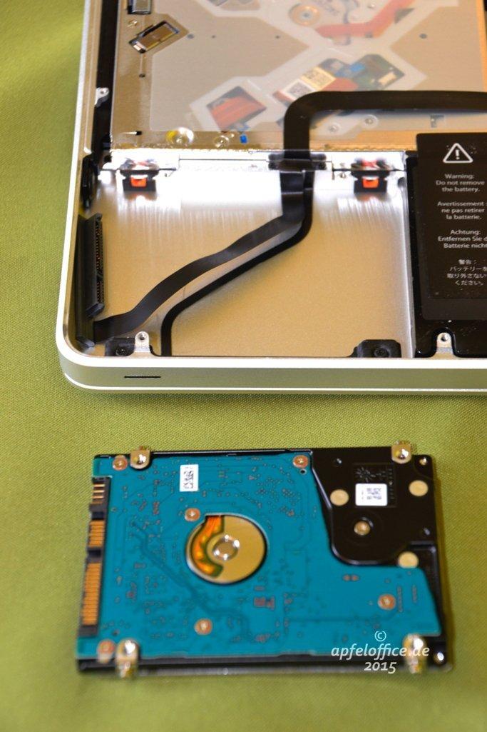 Die Festplatte ist aus dem Macbook Pro ausgebaut