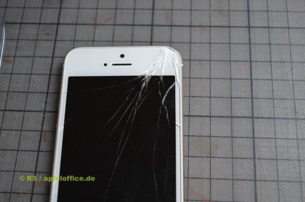 Ein gebrochener iPhone Touchscreen ist nicht nur häßlich sondern auch gefährlich