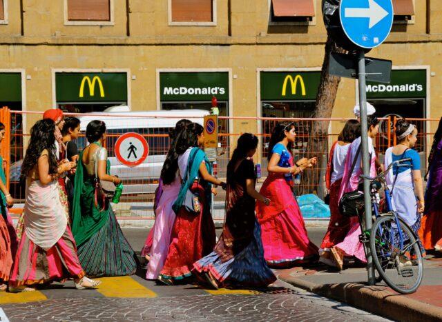 mcdonalds-world-menu-travel-1