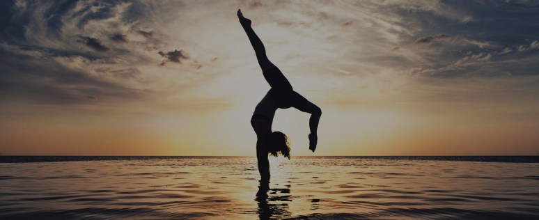 image-background-yoga-surf-package