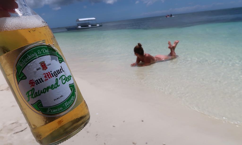 San Miguel Lemon Flavour am Paliton Beach