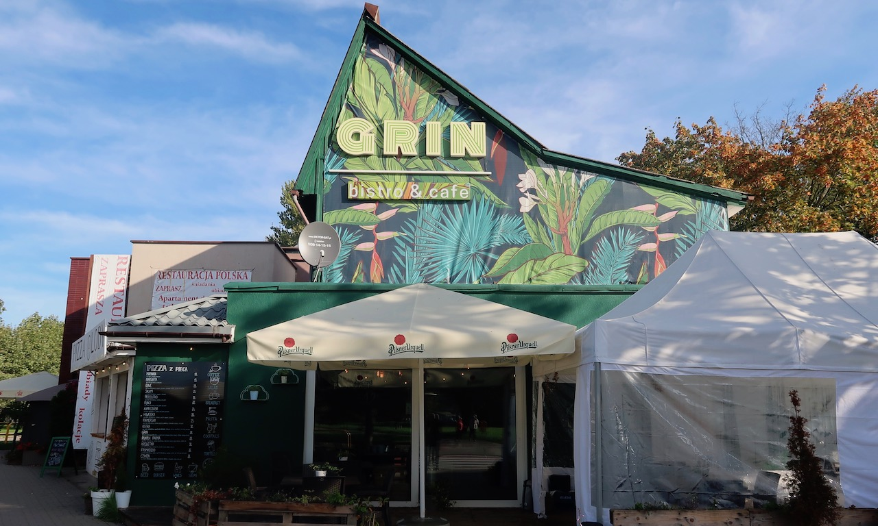 Café Grin in Kolberg von aussen