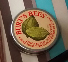 Burt's Bees Lemon Cuticle Cream