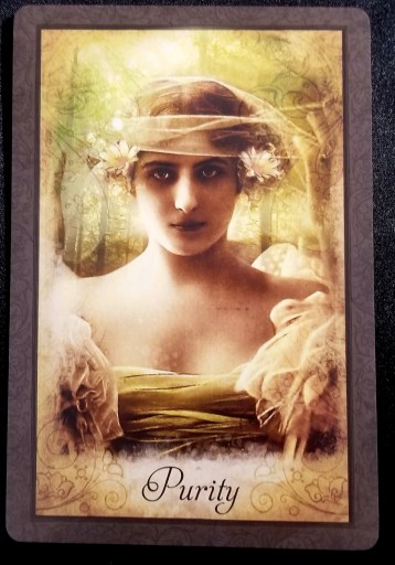 Weekly Oracle Reading - Purity