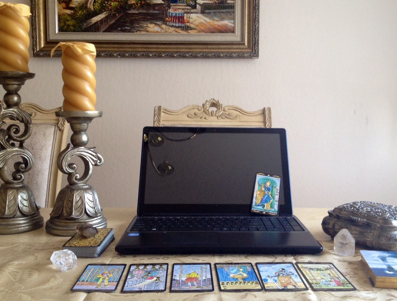 Practice Tips For Tarot Professionals Who Offer Online
