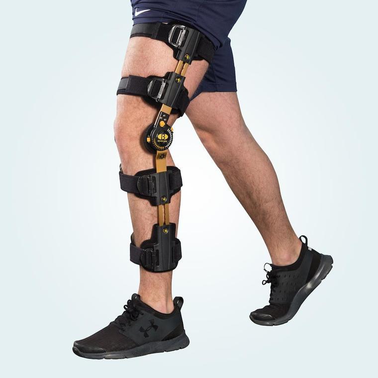 Extender-Knee-Brace-1_380x@2x