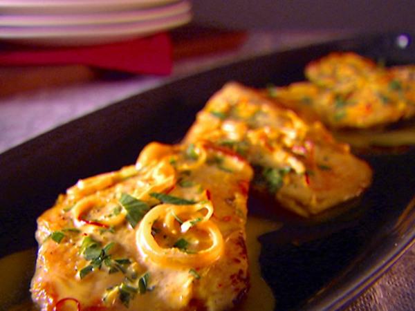 saffron-recipe-chicken_scallopine_saffron_sauce