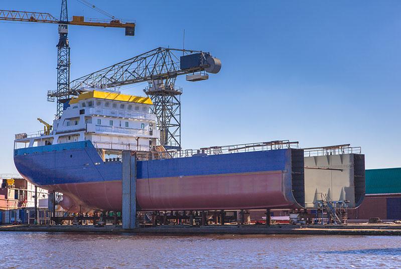 ship-construction-PP65WYU-800.jpg