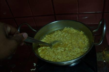 Boiling Maggi Noodles