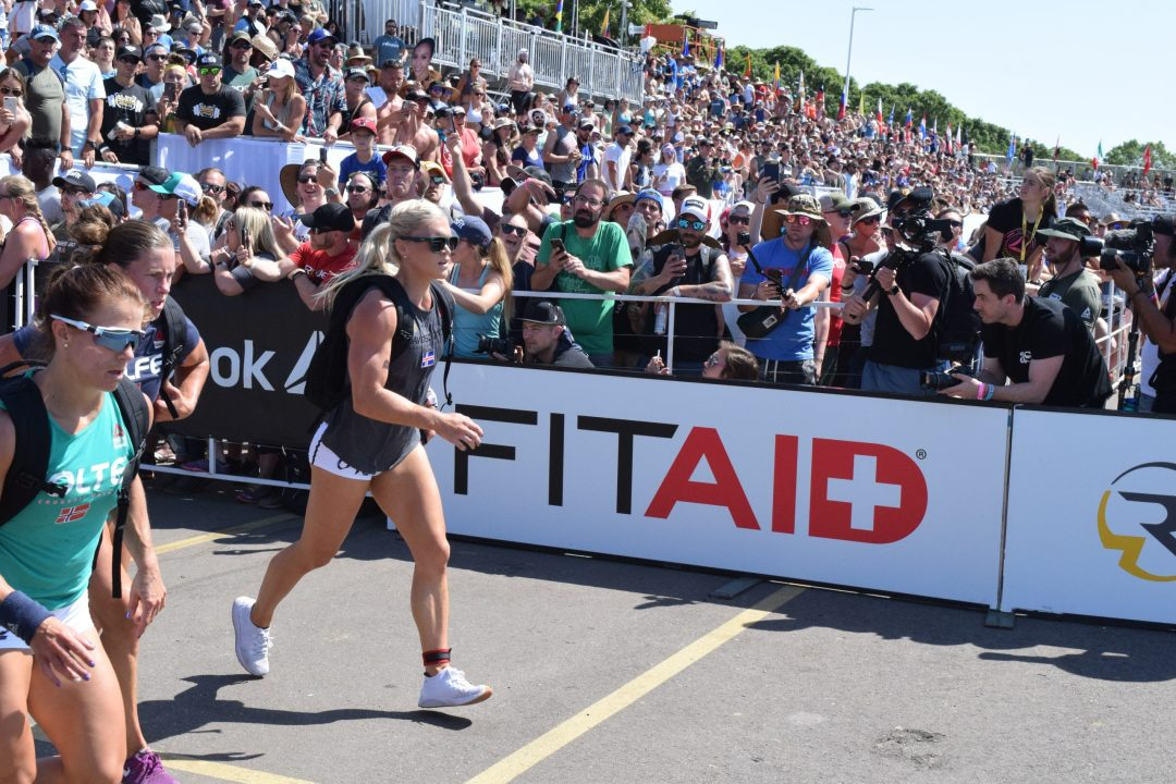 Katrin Davidsdottir with Kristin Holte in the CrossFit Games 2019 Ruck run.