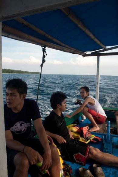 menuju tempat snorkling (beneran)
