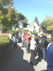 LINED UP in front of Benicia City Hall, spectators wait for the doors to open to the Planning Commission meeting. Donna Beth Weilenman/Staff