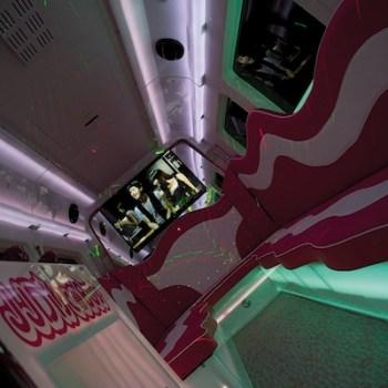 pink-party-bus-benidorm
