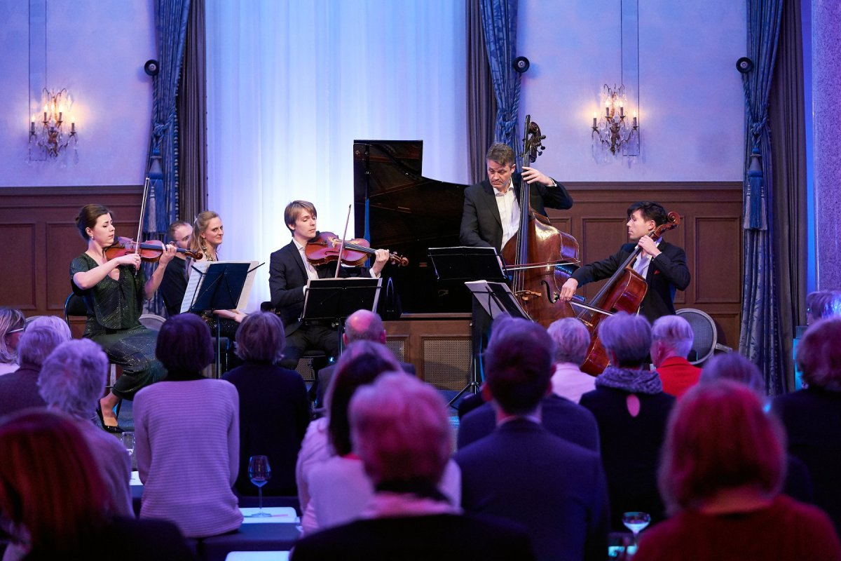 Benjamin Beck viola alto bratsche soloist 提琴 chamber music