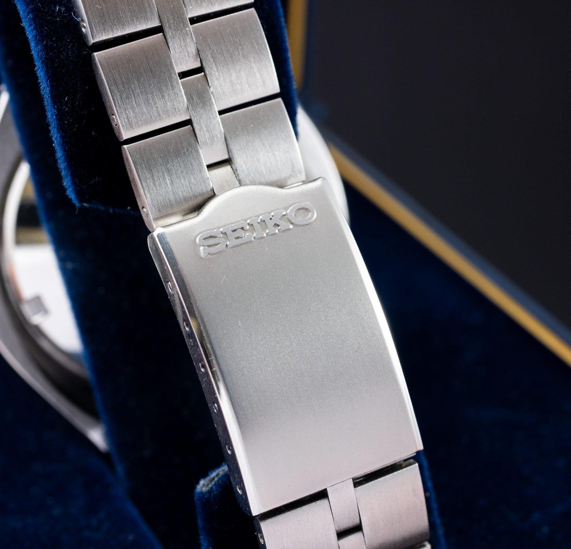 NOS vintage Seiko Bullhead Chronograph 6138-0040 seiko fishbone bracelet