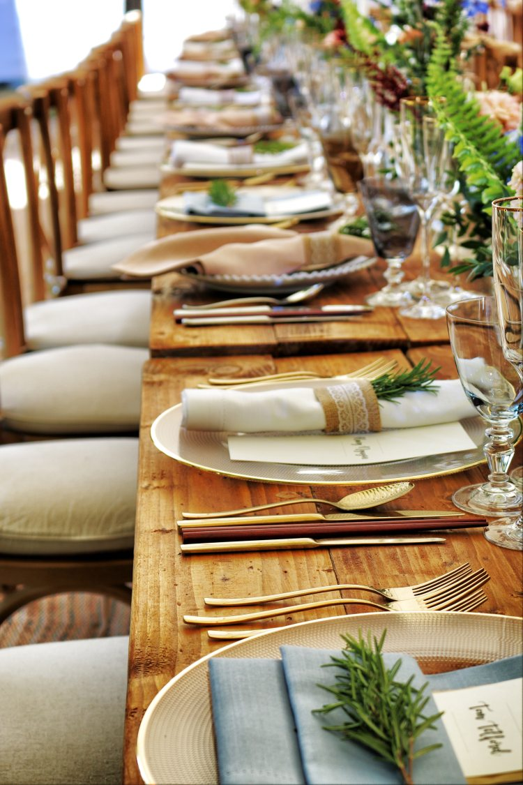 A nice dining table set for a great catering meal.