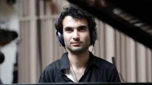 Tigran Hamasyan behind the scenes, recording Mockroot