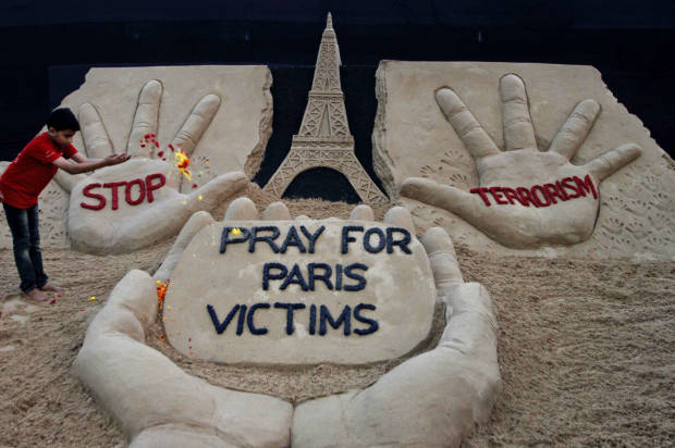Demagogues blaming Muslims and refugees for the Paris attacks will only make the violence worse