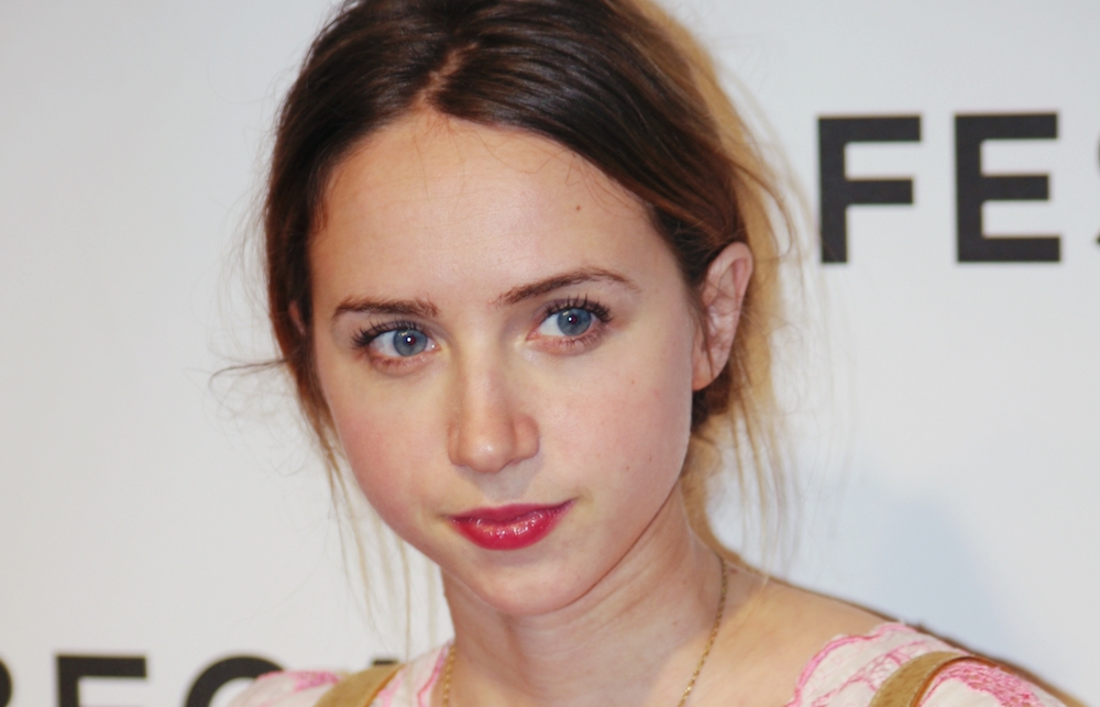 Zoe Kazan, Hollywood McCarthyite traitor's granddaughter, condemns socialists, defends Elia's HUAC collaboration