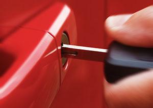 https://i1.wp.com/bens24hourlocksmith.com/wp-content/uploads/2016/01/auto-locksmith-services-web-1.jpg?w=1170&ssl=1