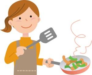 家事料理をするお母さん