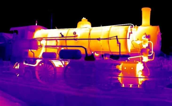 Locomotive avec une caméra IR.