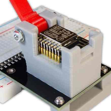 Socket de programmation pour ESP8266