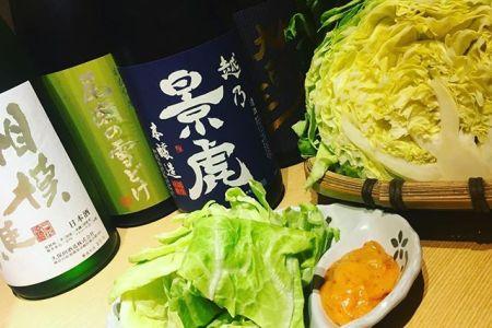 春キャベツこんばんは べんてんです。春は美味しい野菜が沢山ですね。べんてんの味噌キャベツも春なので春キャベツでお出ししています。柔らかくて甘い春キャベツと特製の合わせ味噌をご一緒に是非ご賞味ください。赤身肉と塩ホルモン べんてん東京都清瀬市松山1-14-1電話07028223432 営業時間  17:00~25:00年中無休#べんてん #清瀬 #焼肉 #肉 #赤身肉 #塩ホルモン #ホルモン #強炭酸 #レモンサワー #ハイボール #春 #キャベツ #春キャベツ #味噌 #味噌キャベツ