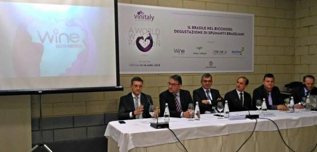 Lançamento da Wine South America é realizado na Vinitaly 2018