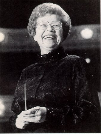Margaret Hillis at Orchestra Hall. Credit: http://www.bruceduffie.com/hillis4.html