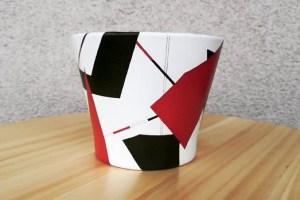 Rucne-malovany-keramicky-kvetinac-BEPATCHED