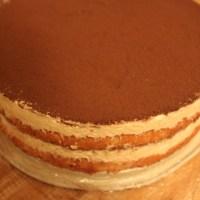 Tiramisu layered cake - Tiramisu làm với bạt sponge cake