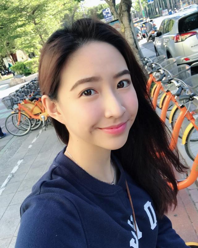 Angel Ni (19)