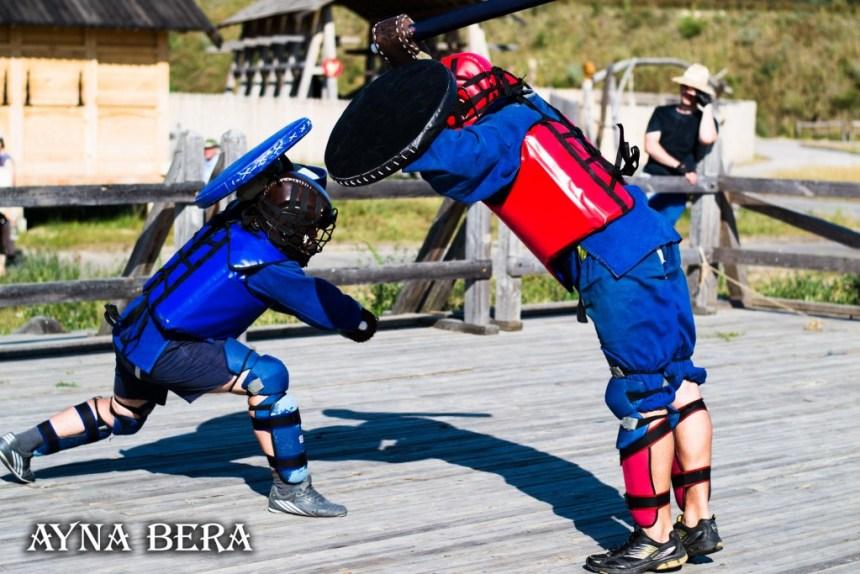 Спортивный мечевой бой