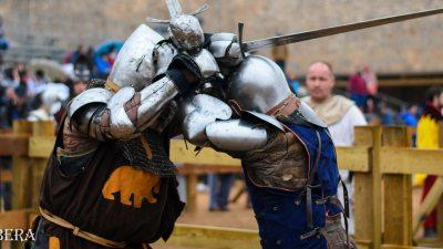 Середньовічний бій