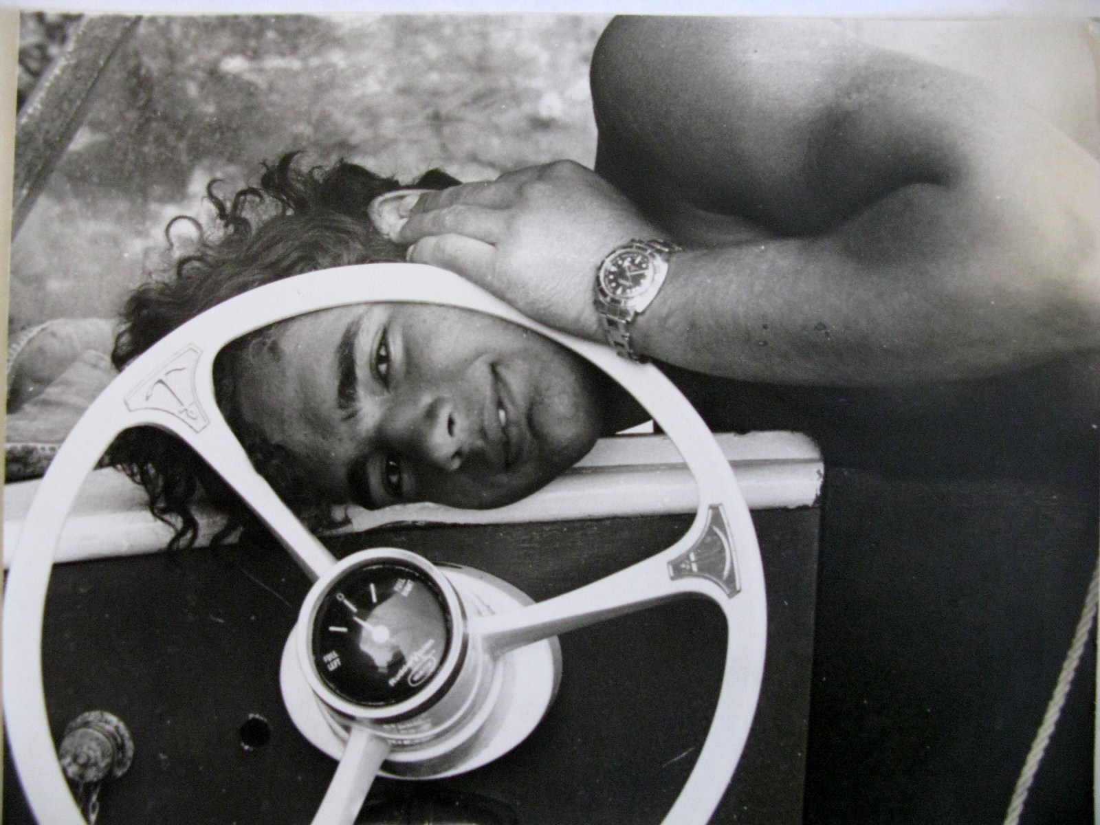 Byron behind the steering og Delfini. This pic taken by an American sweetheart ca. 1967.