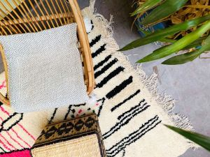 Moroccan Rugs - Authentic Beni Ourain Style - Area Rug 5x8 - berber rug - beni ouarain Rug - moroccan style - tapis marocain - Handmade rug