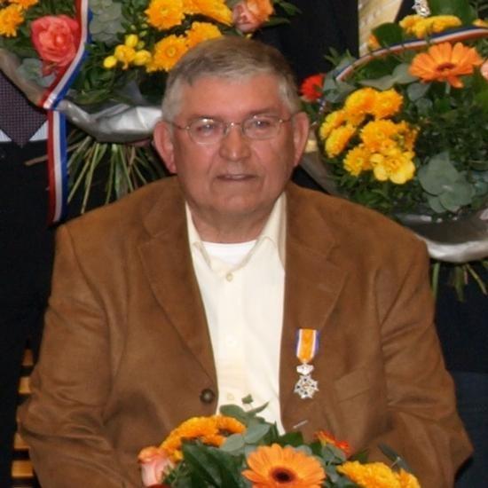 Lintjer Bert A
