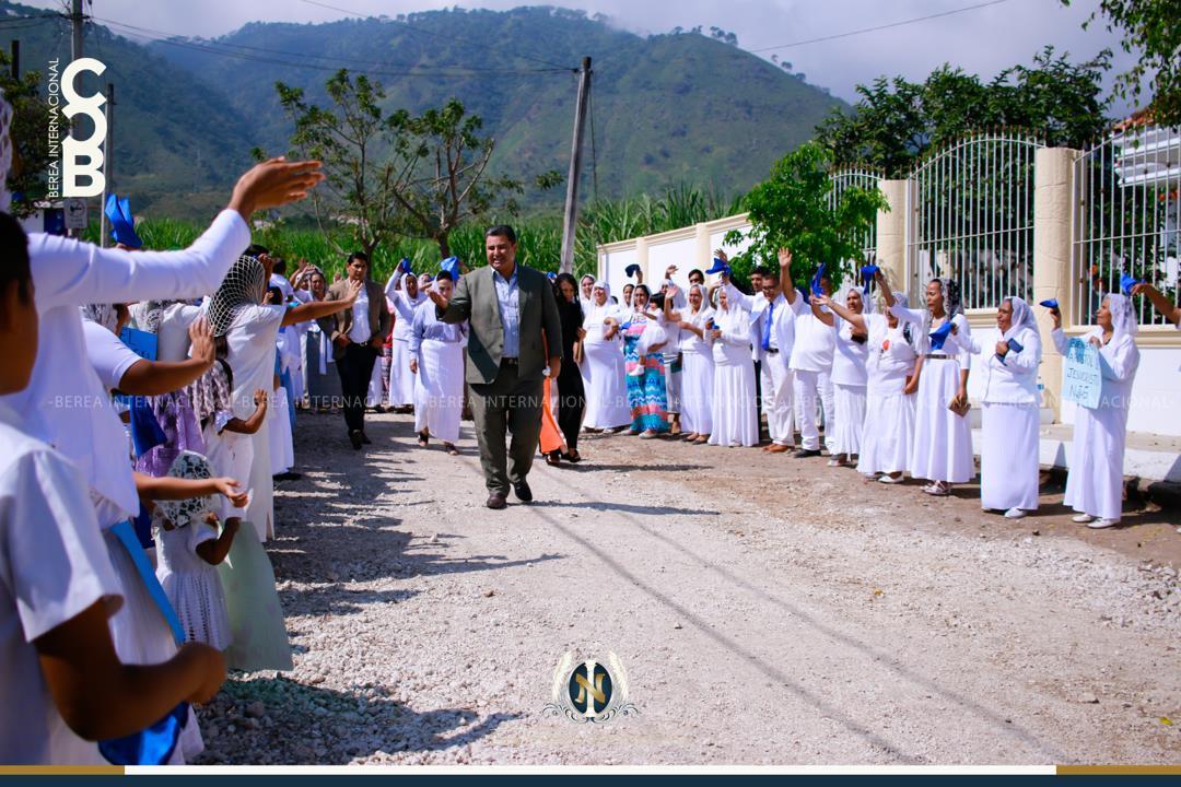 Apostol-de-Jesucristo-Naason-Joaquin-Garcia-visita-El-Bethel-Tepic-Nayarit-Mexico.jpg?fit=1080%2C720