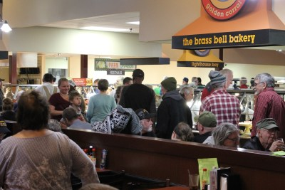 berean armed forces ministry veterans day meal at golden corral image (72)