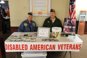 berean armed forces ministry veterans day meal at golden corral image (84)