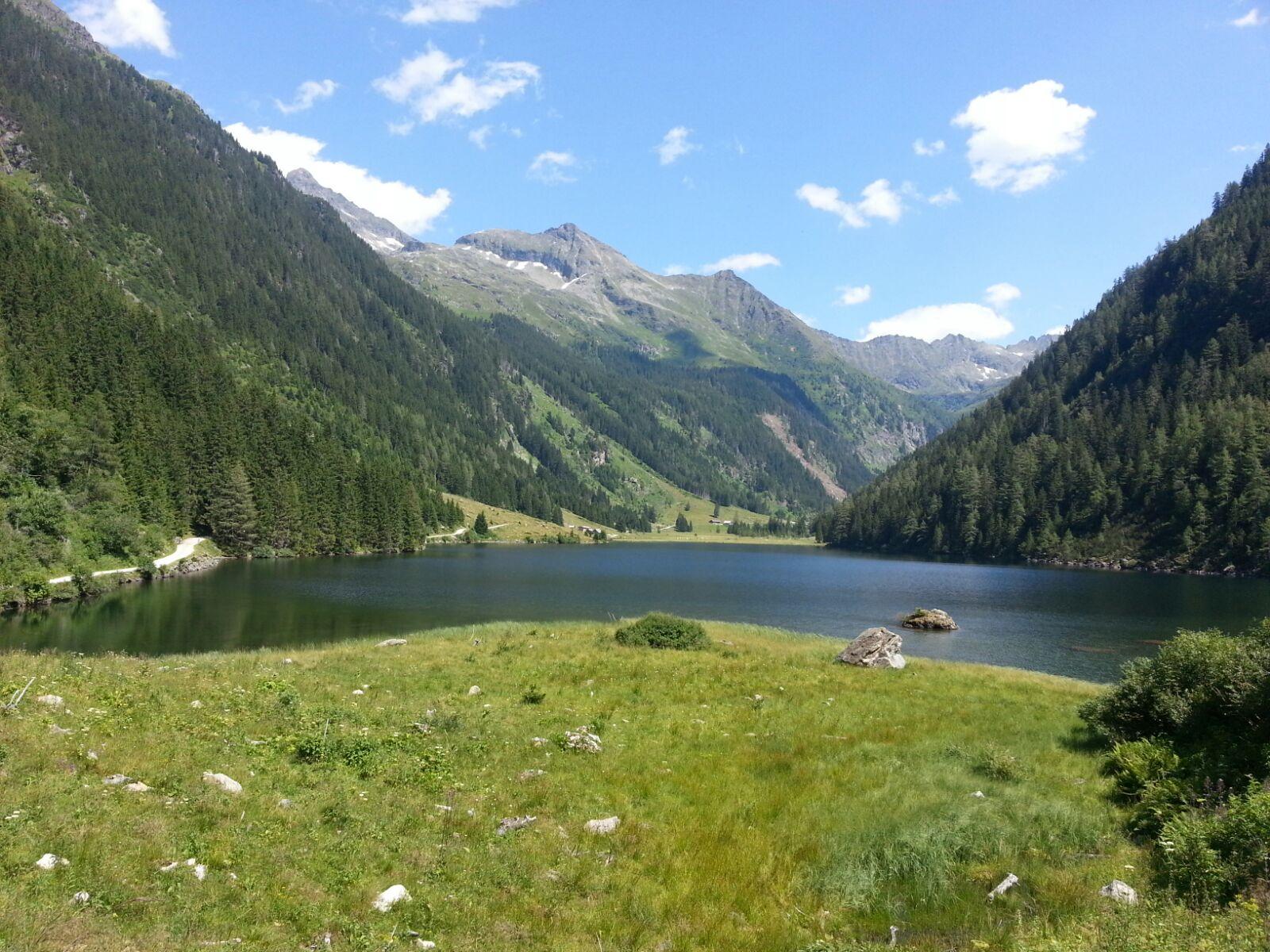 Blick auf den Riesachsee. An seinem Ende liegt die Kaltenbachalm.