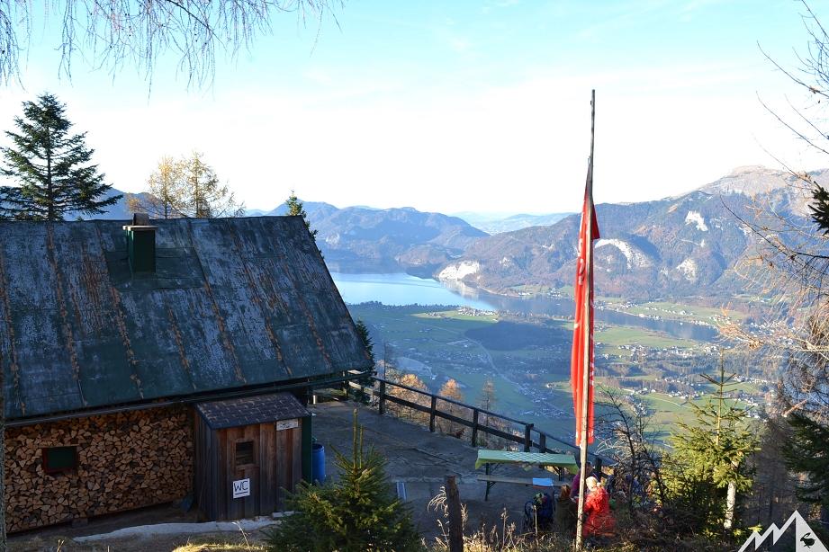 Die Bleckwandhütte mit toller Panoramaterrasse.