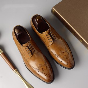 Men leather shoes Brogues Elegant Italian style business office