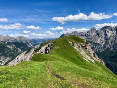 Auf dem Bergrücken in Richtung Kanzberg