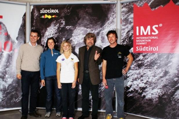 V.l.n.r.: Alex Ploner, Ines Papert, Angelika Rainer, Reinhold Messner, Florian Riegler - (c) IMS®