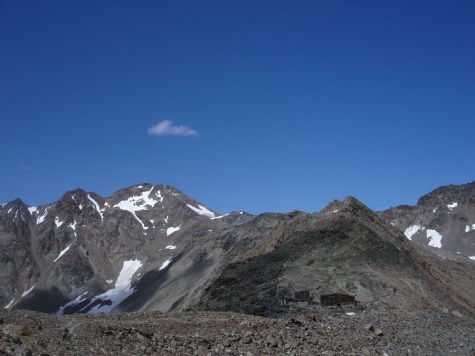 Fineilspitze und Similaunhütte
