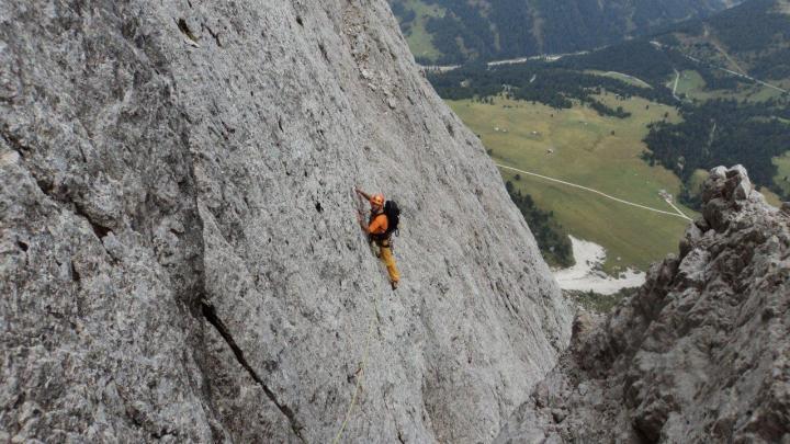 Peitlerkofel Nordwand  (2875m) Klassische Führe V+ (VI+)